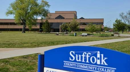 Sagtikos Arts and Science Center at Suffolk County