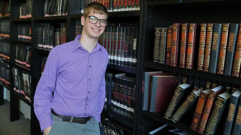 Yaacov Kaminetsky, 17, a senior at Davis Renov