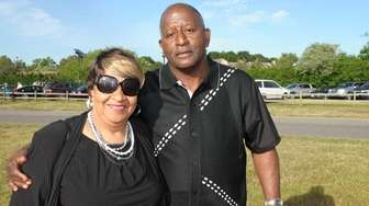 Leslie and Morris Douglas attend the 19th annual