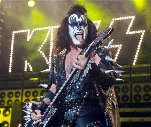 Gene Simmons set his hair ablaze during a
