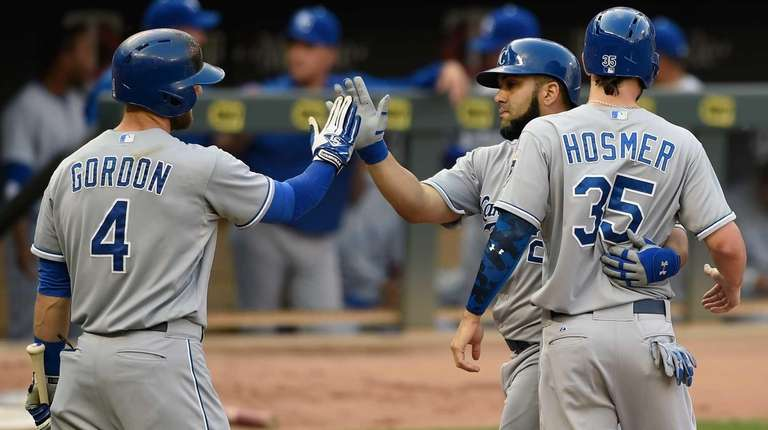 Alex Gordon #4 and Eric Hosmer #35 of