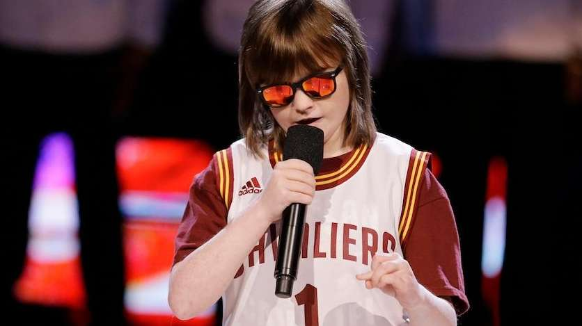 Blind 19 Year Old Marlana Vanhoose Sings National Anthem Before Cleveland Cavaliers Nba Finals Game Newsday
