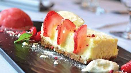 Vanilla bean cheesecake with strawberries four ways: fresh,