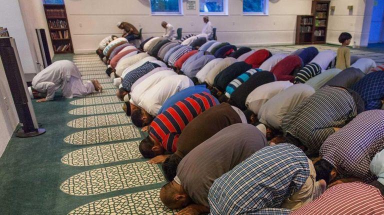 Ramadan observers gather at the Islamic Center of