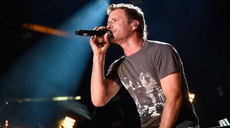 Dierks Bentley performs onstage during the 2015 CMA