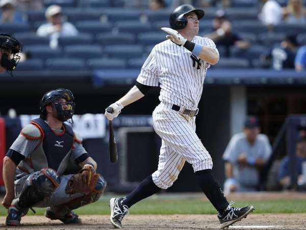 New York Yankees Stephen Drew hits a ninth-inning
