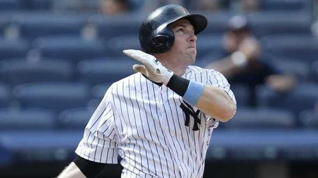 New York Yankees Stephen Drew hits a ninth-inning