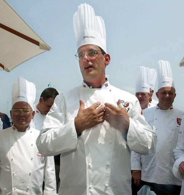 White House chef Walter Scheib greets chefs from