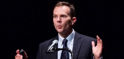 Christopher Gobler, a professor at Stony Brook University's