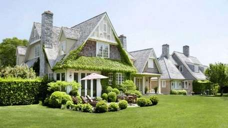 This 23-acre East Hampton complex is on the