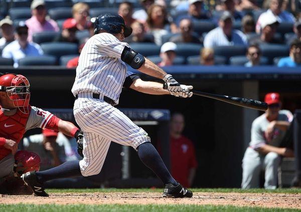 New York Yankees centerfielder Brett Gardner hits an