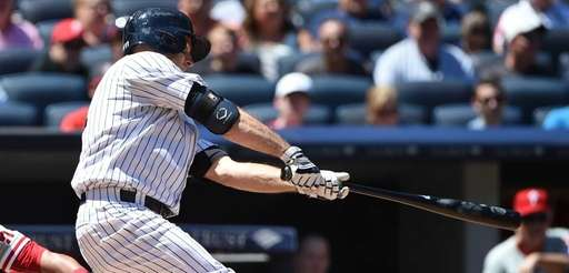 New York Yankees centerfielder Brett Gardner hits an