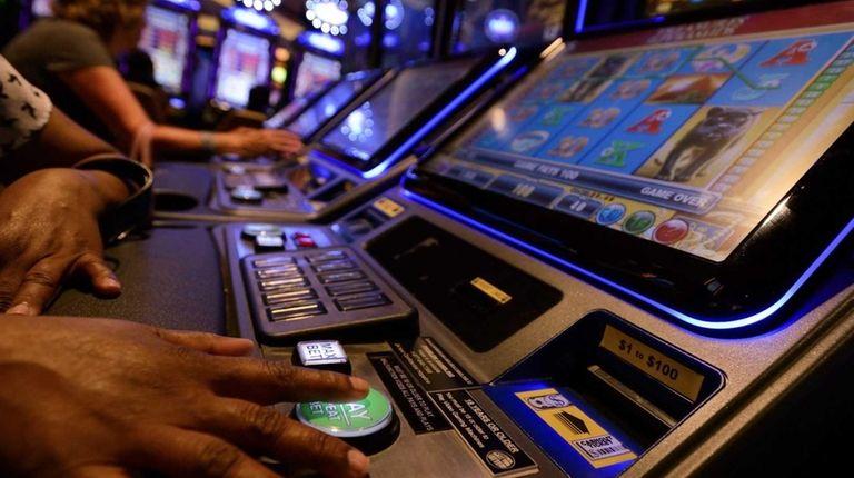 Suffolk County Sales Tax >> 'Big Ugly' bill leaves out LI sales tax, VLT proposals | Newsday