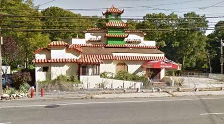 The long-shuttered Sun Ming Chinese restaurant on Jericho