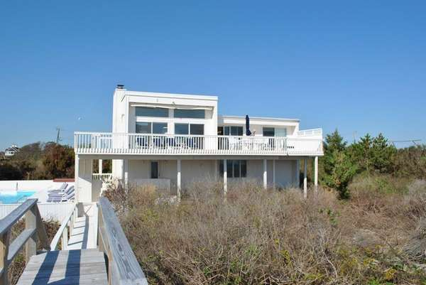 A 2.5-acre property in Wainscott is on the