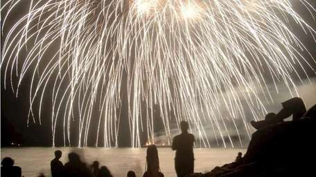 The Astoria Bank July 4th Fireworks show will