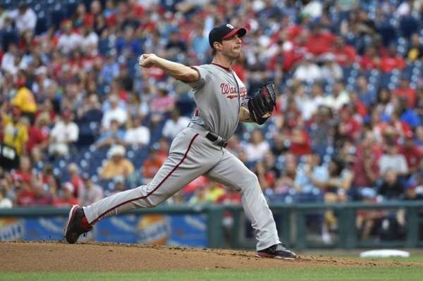 Washington Nationals' Max Scherzer pitches during the first