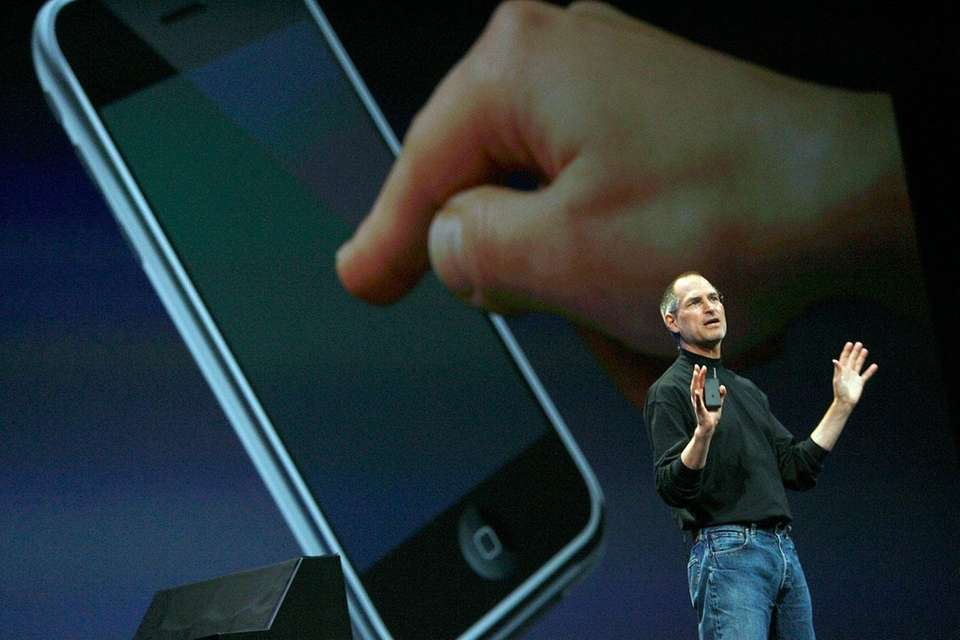 Former Apple CEO Steve Jobs introduced the new