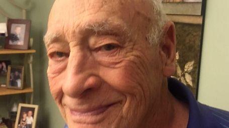 Bert Moller, Mets rookie pitcher Steven Matz's grandfather,