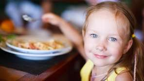 Children can eat free at Applebee's on Saturday,