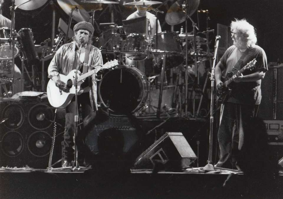 The Grateful Dead at Giants Stadium in East