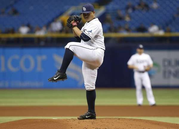 Erasmo Ramirez, of the Tampa Bay Rays, pitches