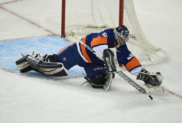 New York Islanders Blue Team goalie Eamon McAdam