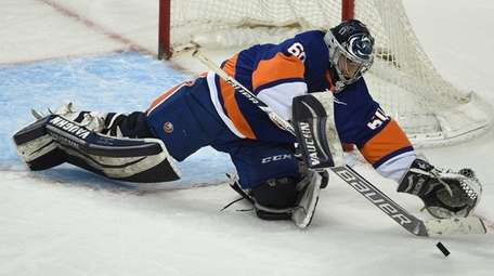 New York Islanders Blue Team goalie Eamon McAdam