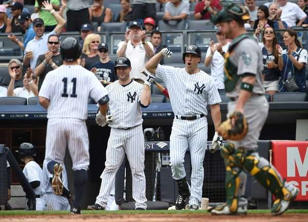 New York Yankees designated hitter Mark Teixeira and