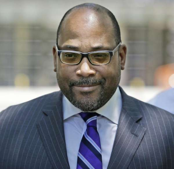 New York state Sen. John Sampson leaves federal
