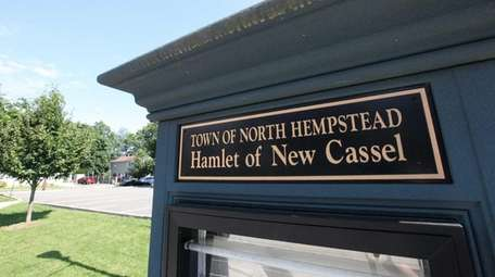 A sign for the hamlet of New Cassel