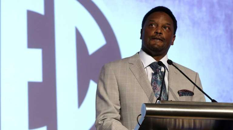 Texas A&M coach Kevin Sumlin speaks to the
