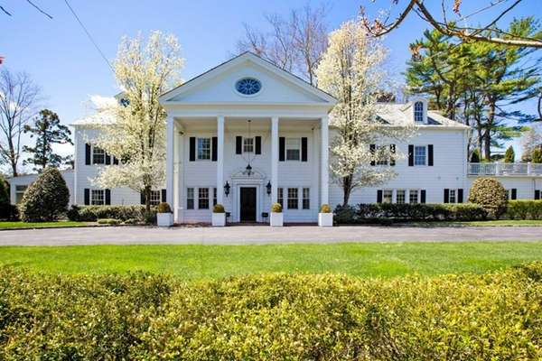 This grand Old Westbury home was once owned
