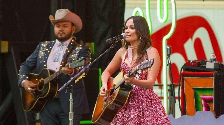 Kacey Musgraves performs at the Windy City Smokeout