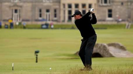 ST ANDREWS, SCOTLAND - JULY 20: Phil Mickelson
