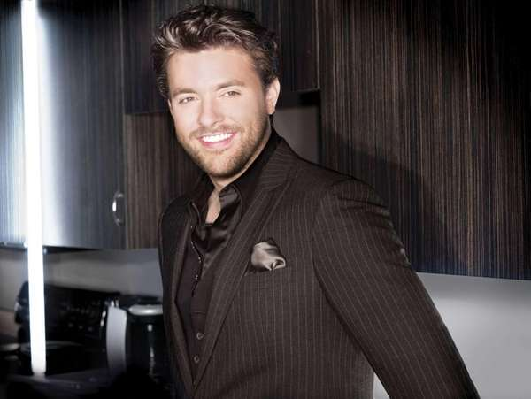 Singer/songwriter Chris Young took to Twitter July 21,