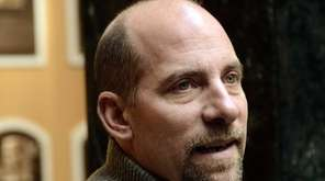 Former Atlanta Braves pitcher John Smoltz speaks to