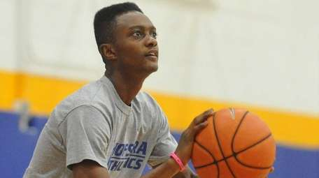 Hofstra University incoming freshman Desure Buie squares to
