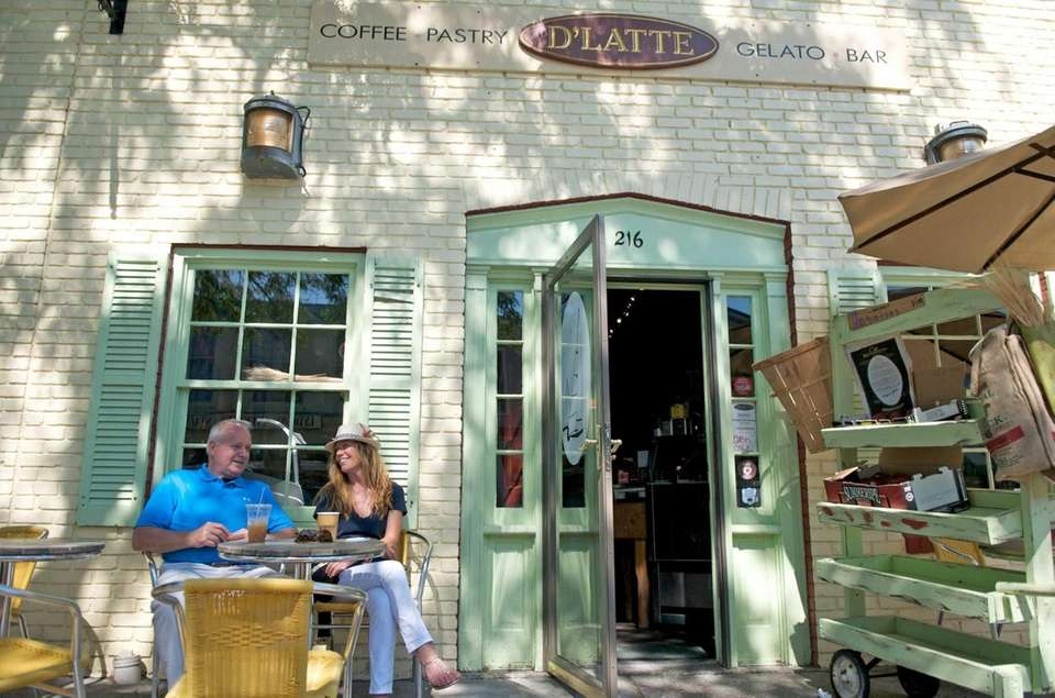 D'Latte Cafe (218 Main St.): At this Greenport