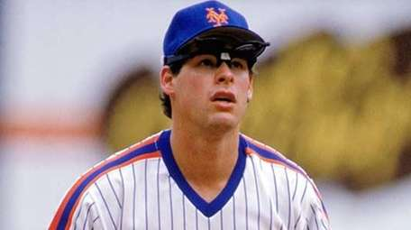 Gregg Jefferies of the New York Mets gets