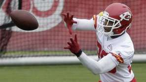 Kansas City Chiefs strong safety Eric Berry participates