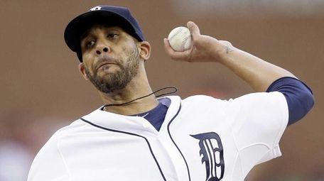 Detroit Tigers starting pitcher David Price throws during