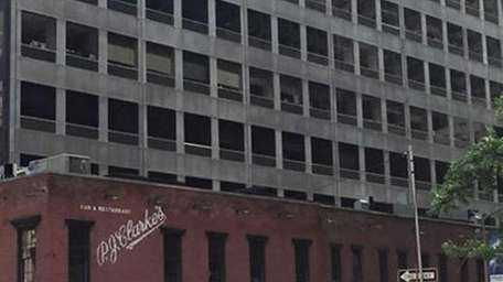 The Manhattan building that housed Sports Phone for