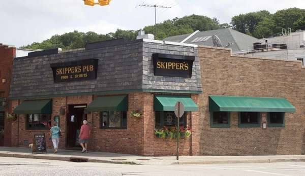 The exterior of Skipper's Pub on Main Street