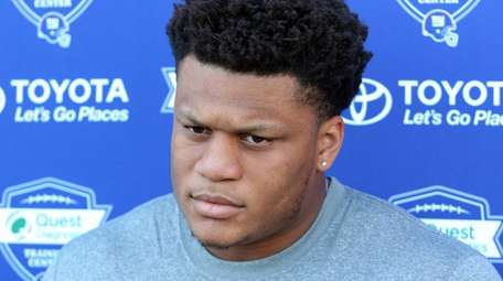 Giants rookie offensive tackle Ereck Flowers speaks to