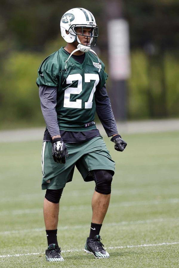 New York Jets cornerback Dee Milliner works out