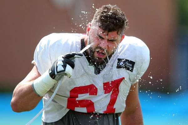 New York Giants tackle Justin Pugh takes a