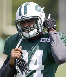 Jets cornerback Darrelle Revis prepares for practice drills