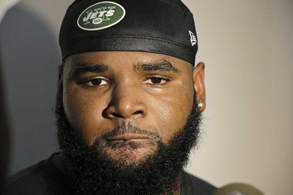 New York Jets defensive end Sheldon Richardson responds