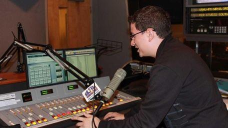 Radio Hofstra University, WRHU 88.7 FM, is the